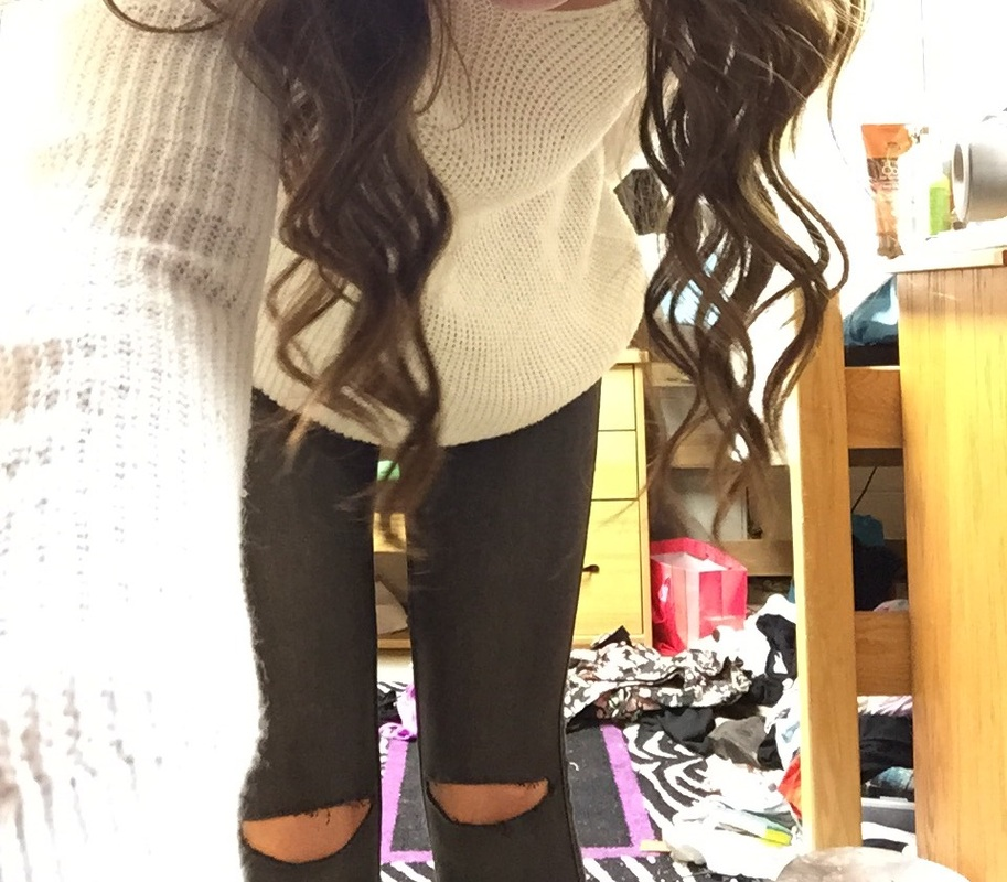 cb8f140be83 This is what I did to dress down the jeans and make them just a bit more  casual. This would be what I would wear around campus when it gets warm and  ...